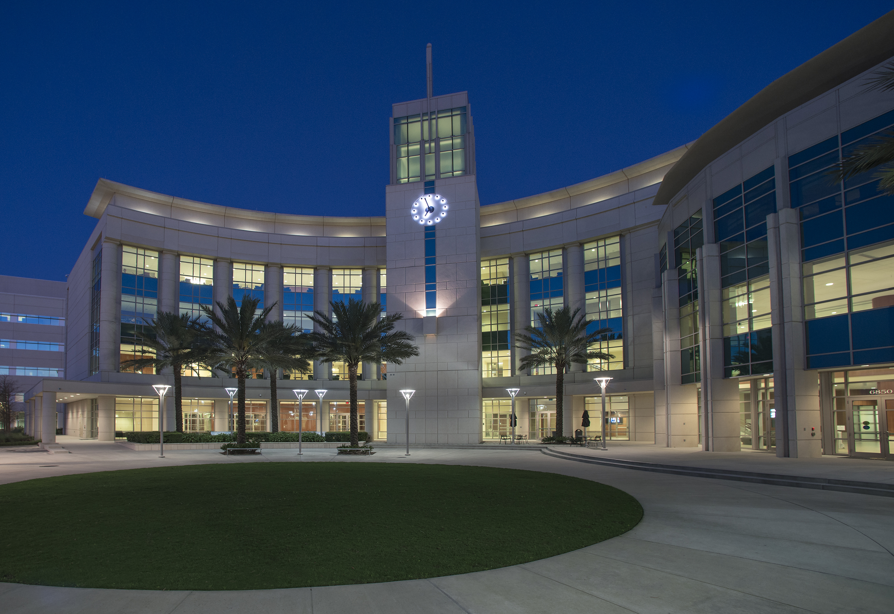 ... 171,000 Square Foot Building Serves As The Ceremonial Front Door For  The UCF College Of Medicine Campus Located On 50 Acres In Lake Nona, Florida .